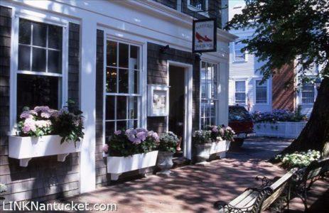 33 Center 5 Chestnut Street, Town   BA:  19.2   BR: 18   $7495000 (1)