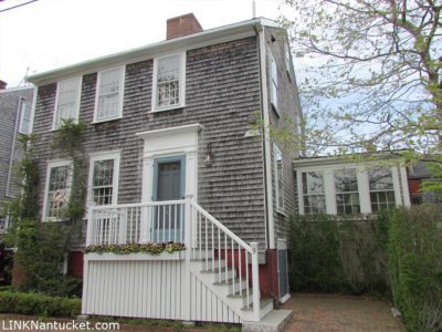 9 West Chester Street, Town | BA:  4.2 | BR: 6 | $2895000 (1)