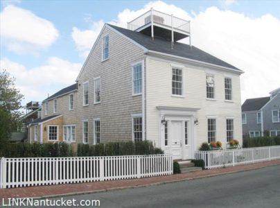 82 Orange Street, Town | BA:  4.1 | BR: 5 | $2995000 (1)