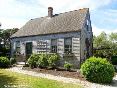2 White Street, Nantucket, MA 02554|Surfside | sold