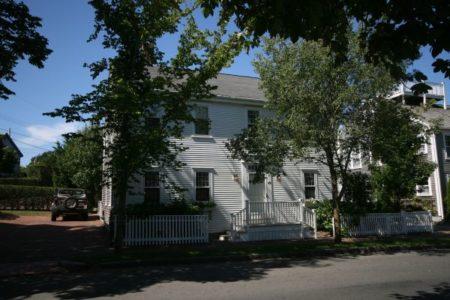 45B Pleasant Street|Town | rent