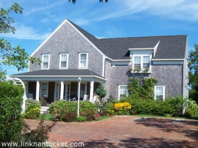 55 West Chester Street, Town | BA:  4.1 | BR: 5 | $2395000 (1)