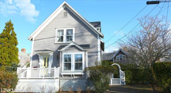 32 Pleasant Street, Town | BA:  3.0 | BR: 3 | $1595000 (1)