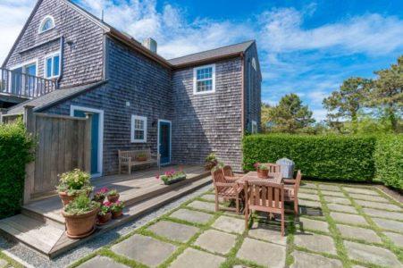 136 Miacomet Road, Cottage | BA:  3.0 | BR: 4 | $9500 (19)