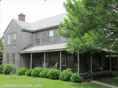 21 Clarendon Street, Nantucket, MA | BA:  3.1 | BR: 4 | $1345000 (1)