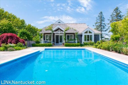 1 Harborview Drive, Nantucket, MA | BA:  3.0 | BR: 5 | $4295000 (1)
