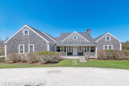 33 Coffin Street, Nantucket, MA | BA:  4.1 | BR: 4 | $2995000 (1)