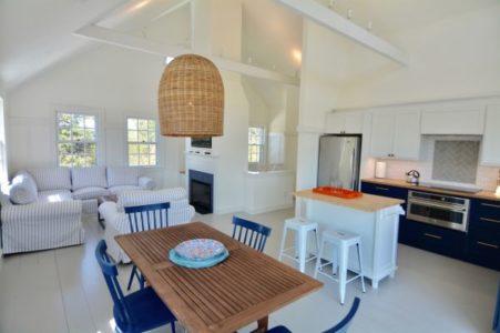 136 Miacomet Road, Cottage | BA:  3.0 | BR: 4 | $9500 (3)