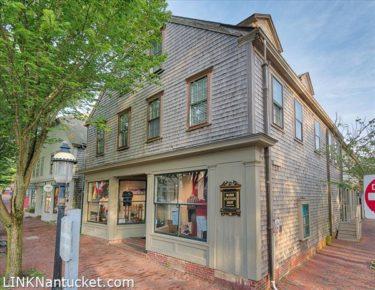 17 Main Street, Town | BA:  0.0 | BR: 0 | $5300000 (1)