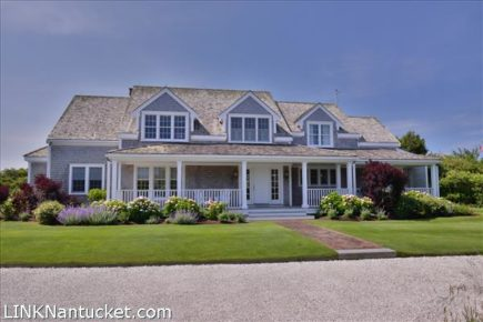 17 North Pasture Lane, Nantucket, MA | BA:  4.1 | BR: 4 | $3795000 (1)