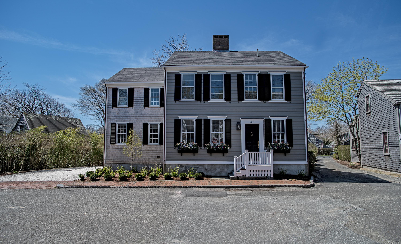 37 Pine Street, Nantucket, MA, USA|Town | sale