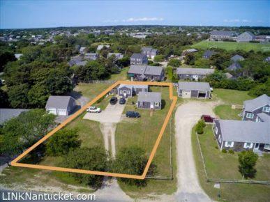 51 Hooper Farm Road, Mid Island   BA:  2.0   BR: 3   $899000 (1)