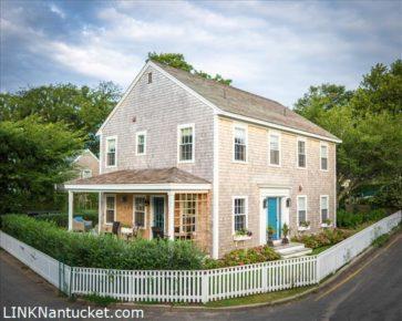 49 Pine Street, Nantucket, MA | BA:  5.1 | BR: 6 | $2495000 (1)