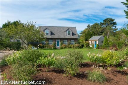 9 Rudder Lane, Nantucket, MA | BA:  3.1 | BR: 4 | $1625000 (1)
