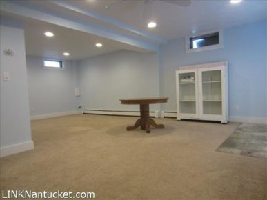 9 Friendship Lane | BA:  3.0 | BR: 3 | $1150000 (20)