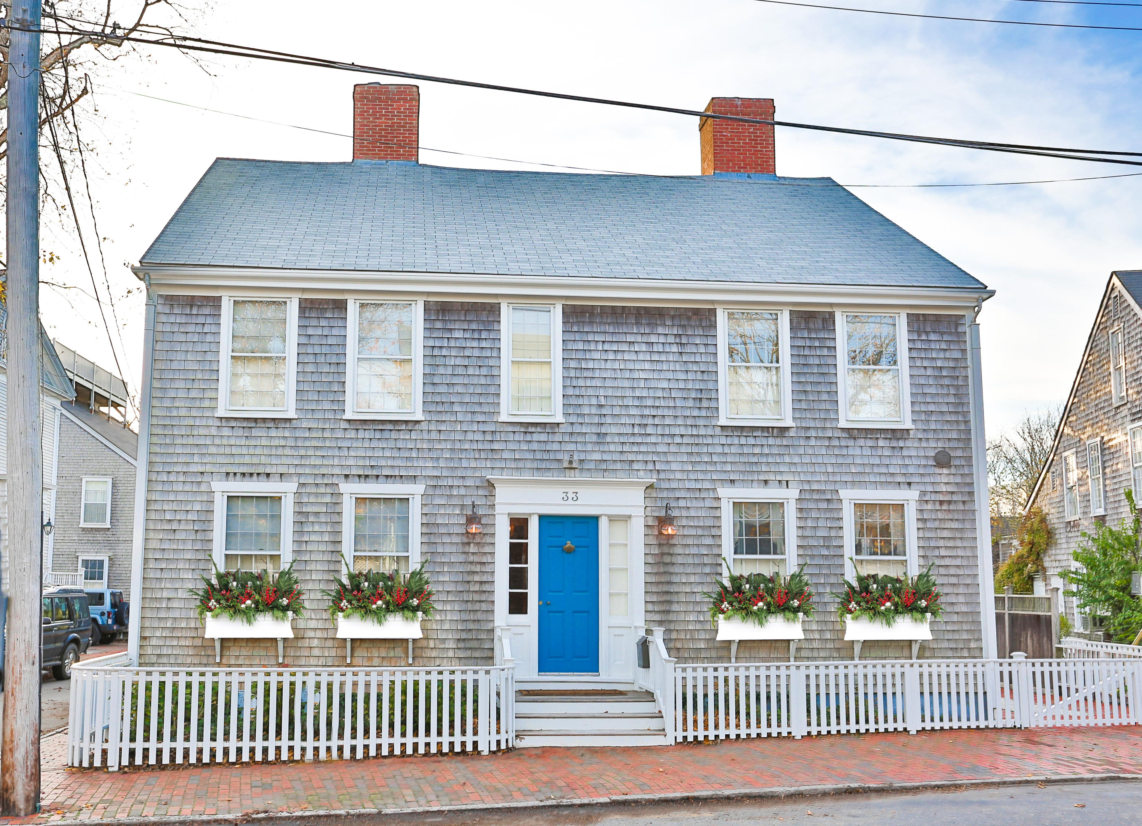 33 Fair Street, Nantucket, MA, USA|Town | sale