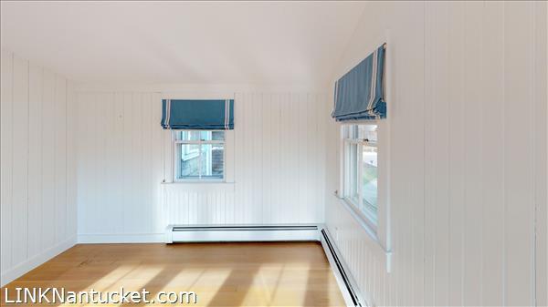 4 Hulbert Avenue | BA:  9.2 | BR: 7 | $4850000 (18)