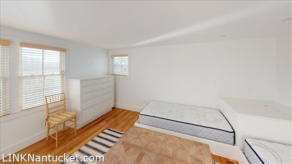 4 Hulbert Avenue | BA:  9.2 | BR: 7 | $4850000 (37)