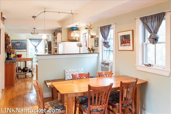 37 D Old South Road | BA:  1.1 | BR: 1 | $455000 (3)