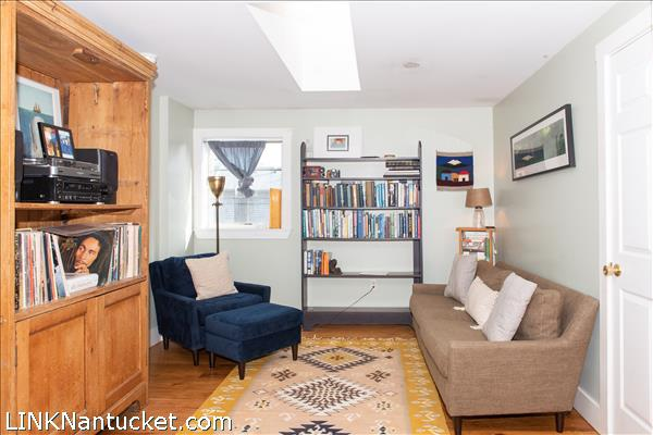 37 D Old South Road | BA:  1.1 | BR: 1 | $455000 (4)