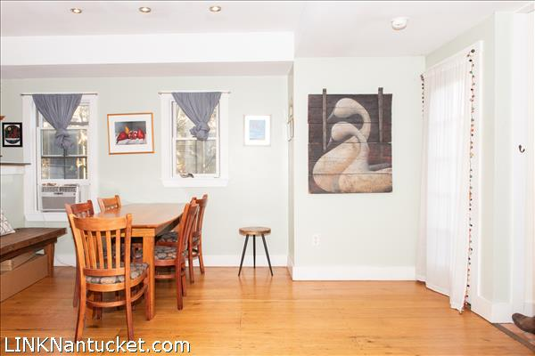 37 D Old South Road | BA:  1.1 | BR: 1 | $455000 (8)