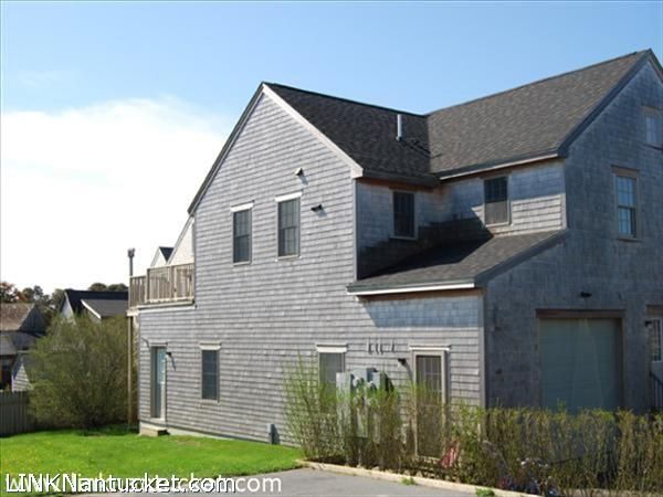 10 Miacomet Avenue, Nantucket, MA | BA:  2.0 | BR: 2 | $699000 (1)