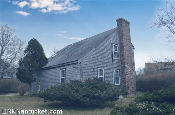 6 Huntington Street, Nantucket, MA | BA:  2.1 | BR: 3 | $775000 (1)