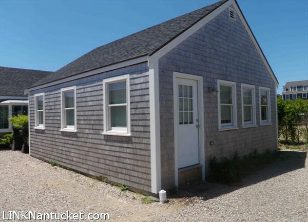 3A Sun Island Road, Mid Island | BA:  1.0 | BR: 1 | $410000 (1)