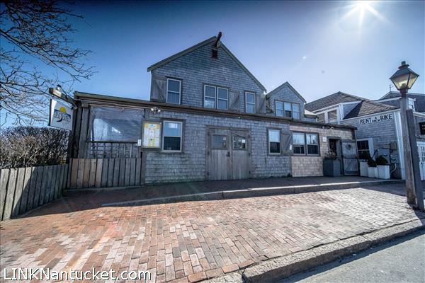 2 Broad Street, Nantucket, MA   BA:  0.3   BR: 0   $4200000 (1)