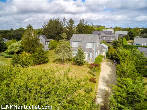 9 Maclean Lane, Mid Island   BA:  1.1   BR: 3   $895000 (1)