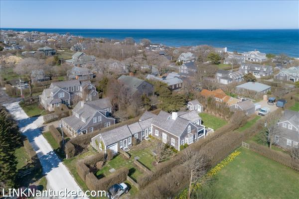 11 Pitman Road, Nantucket, MA | BA:  3.1 | BR: 5 | $3250000 (1)