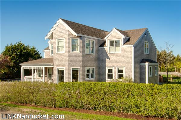 1 Clara Drive, Nantucket, MA 02554|Miacomet | sold