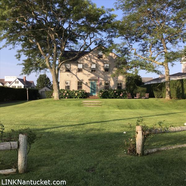 12 Lincoln Avenue, Cliff | BA:  3.2 | BR: 5 | $9895000 (1)