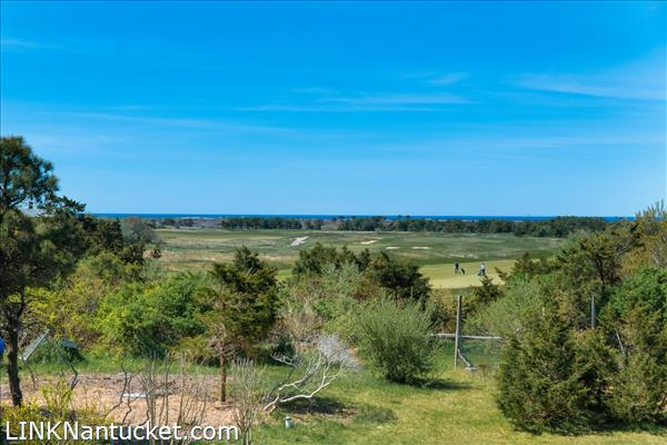 10 R Golfview Drive (Sub-division off  of Lot 70)   BA:  4.0   BR: 4   $1595000 (6)