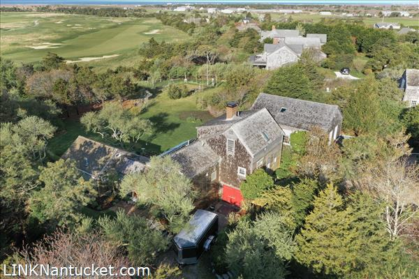 10 R Golfview Drive (Sub-division off  of Lot 70)   BA:  4.0   BR: 4   $1595000 (41)