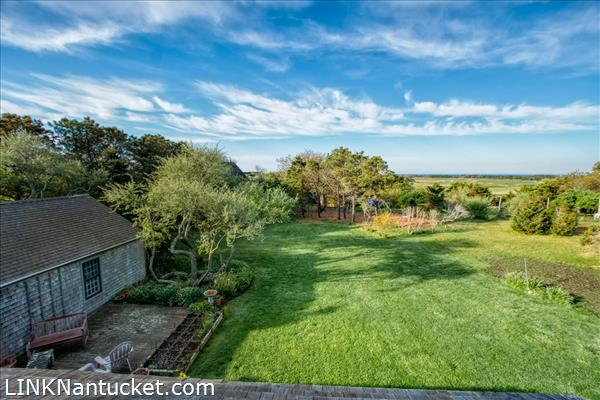 10 R Golfview Drive (Sub-division off  of Lot 70)   BA:  4.0   BR: 4   $1595000 (42)
