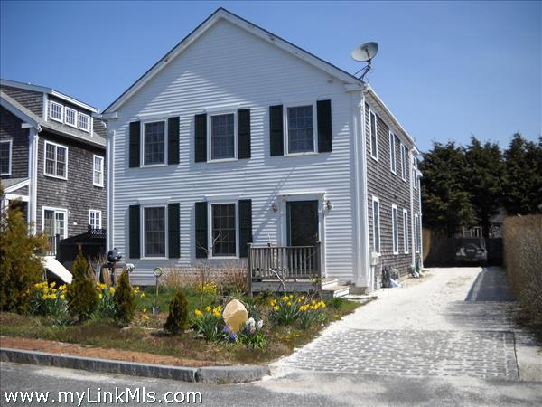 9A Point Judith Lane Mid Island   sale