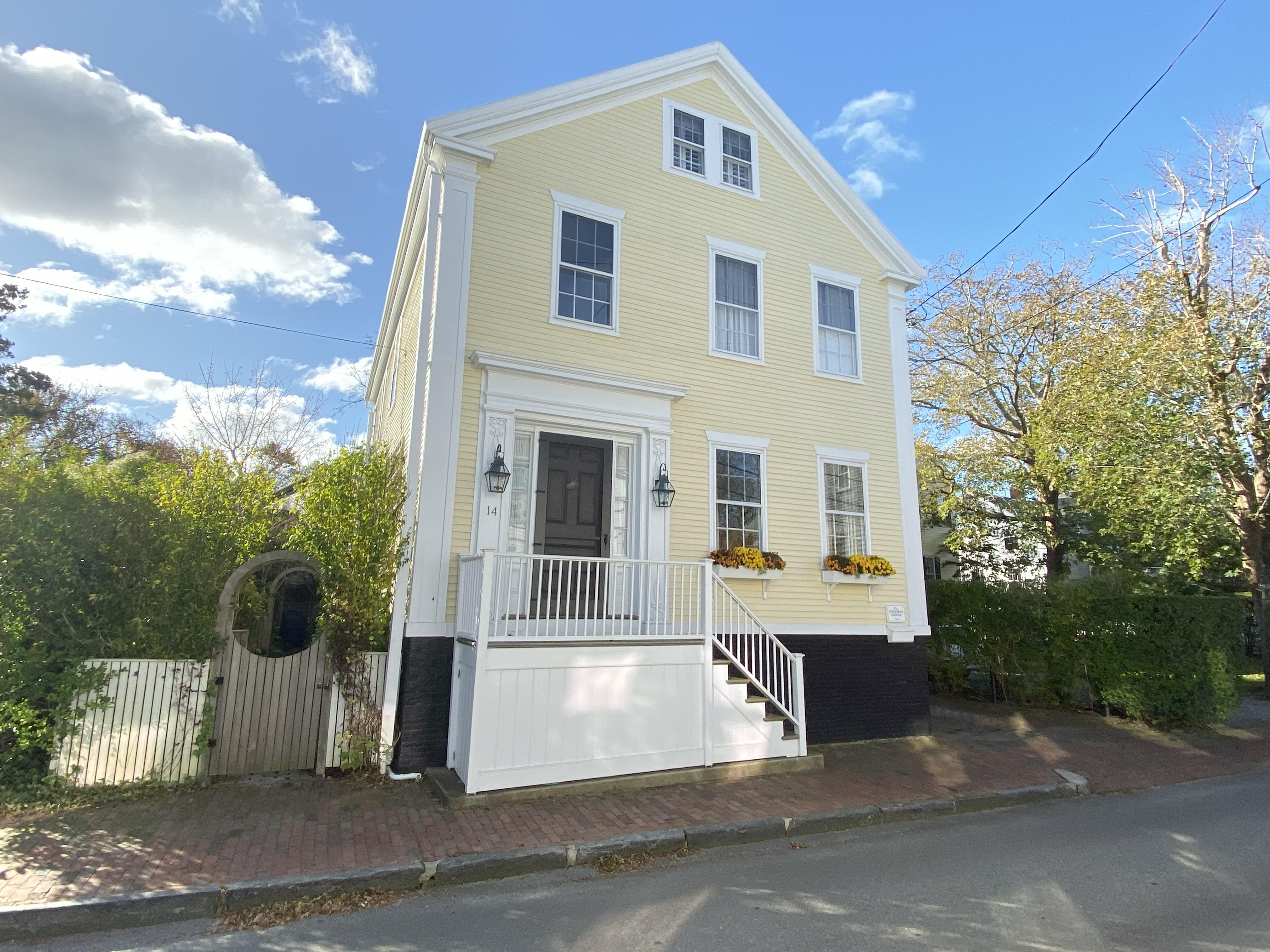 14 Liberty Street, Nantucket, MA, USA|Town | sale